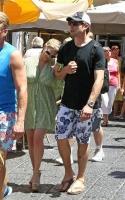 Jessica Simpson y su novio Eric Johnson en Capri