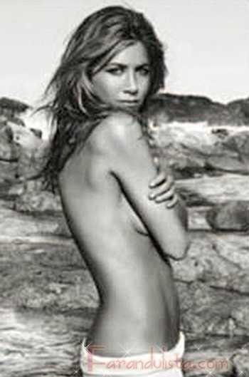 Jennifer Aniston topless para Lolavie - su nueva fragancia