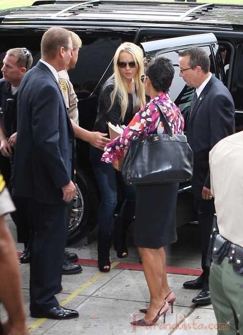 Lindsay Lohan sin visitas de amigos, por ahora