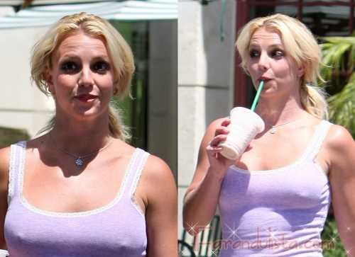 Britney Spears de buen humor le hace caras a los paps