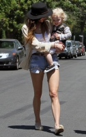 Ashlee Simpson Wentz con baby Bronx CUTE! CUTE!!
