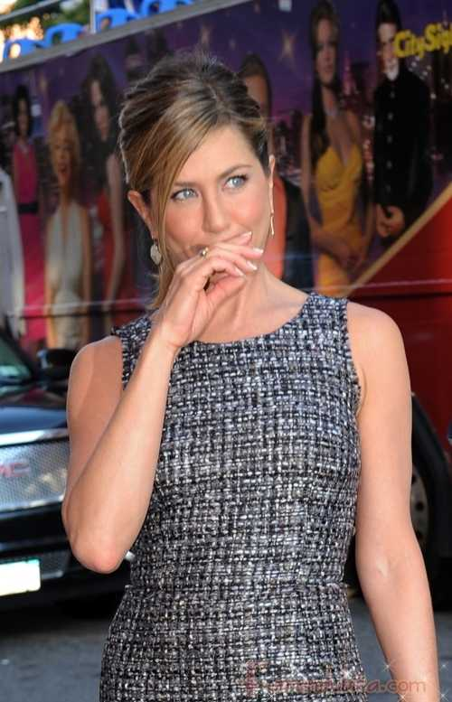 Jennifer Aniston saliendo con Harry Morton, el ex de LiLo??