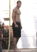 Kellan Lutz sin camisa - Necesito decir mas?