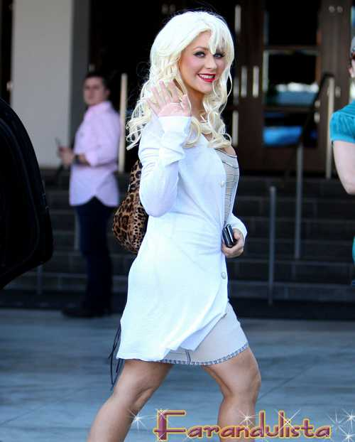 Christina Aguilera en el Hollywood Walk of Fame, y en la boda de Nicole Richie?