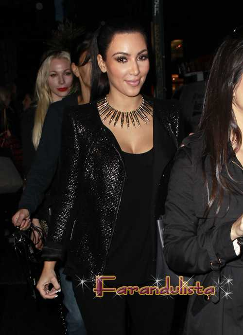 Kim Kardashian: 'Shake' no soy yo!|Kim K: It's not me!|