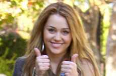 Se tomó Miley Cyrus fotos desnuda en su Iphone?