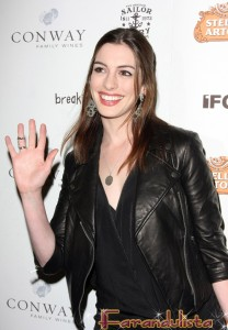 Tom Cruise & Katie Holmes evitaran los Oscar por Anne Hathaway?