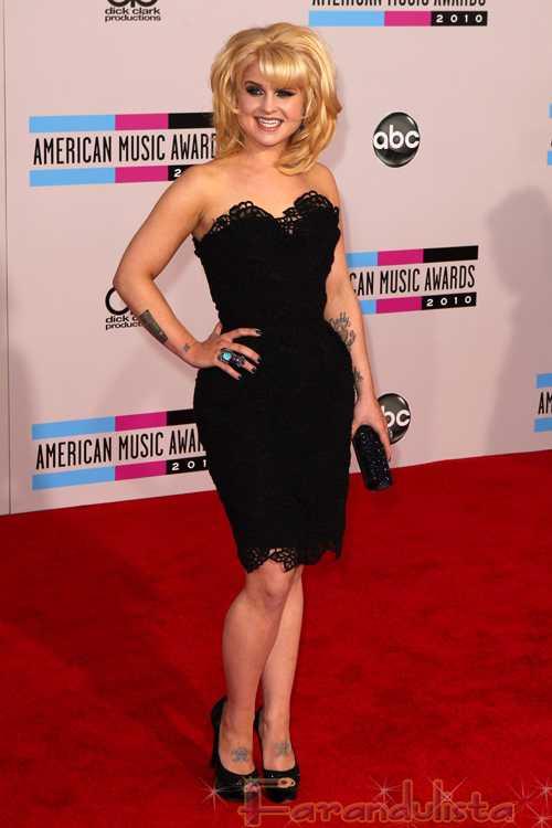 Kelly Osbourne: nueva Madonna's Material Girl, Bye Taylor Momsen!