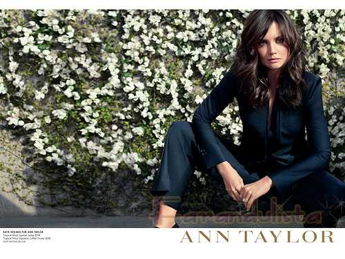 Katie Holmes es la nueva imagen de Anne Taylor (Promo)