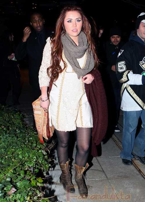 Miley Cyrus va demandar por muñeca inflable?