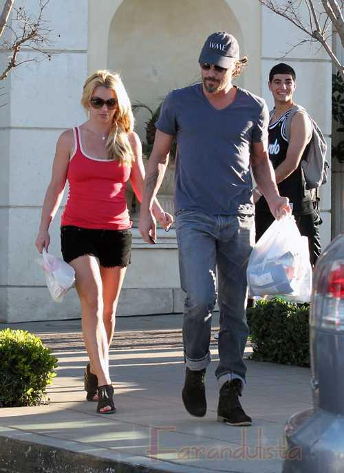 Britney y Jason Trawick se separan profesionalmente