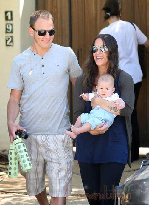 Alanis Morrisette y su familia en LA