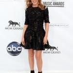 Ganadores Billboard Music Awards 2011 - Video & Pics