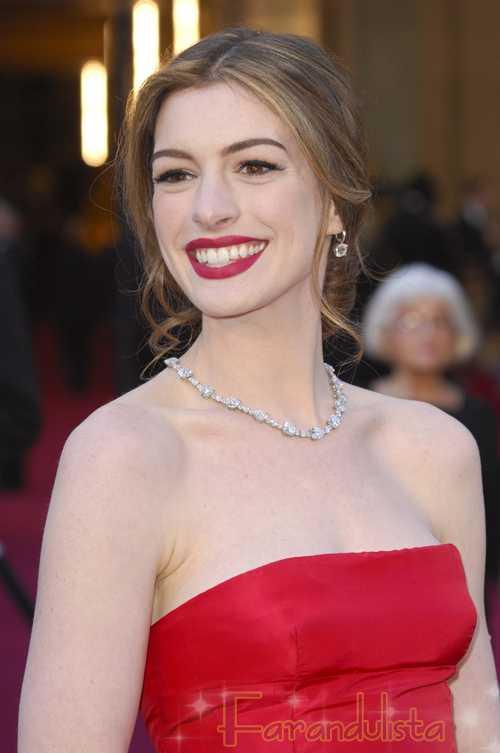 Anne Hathaway en Harpers Bazaar... OMG!