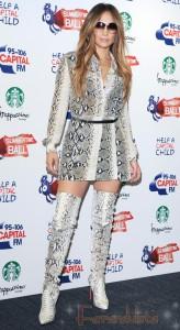Jennifer Lopez de serpiente en Capital FM Summertime Ball 2011