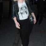 Kelly Osbourne paseando en Londres