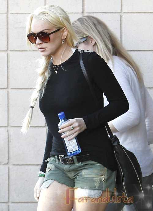 Video de Lindsay supuestamente comprando drogas...  FAKE!!?
