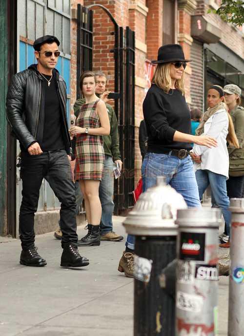 Jennifer Aniston y Justin Theroux van en serio! Comprando cosas juntos