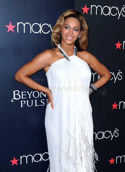 Beyonce copia de nuevo en su video 'Countdown'