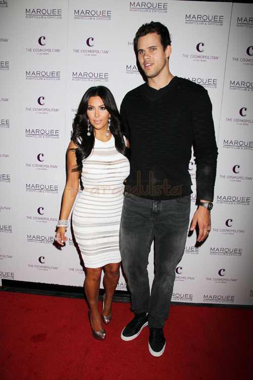 Kim Kardashian introduce papeles de divorcio! DIVORCIO! OMG!!!