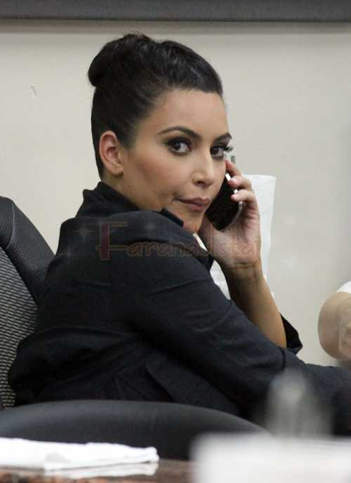 Kim Kardashian se aprovecha de las fans de Justin Bieber en Twitter