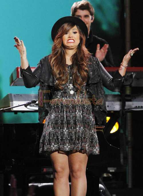 Demi Lovato y Wilmer Valderrama juntos de nuevo?
