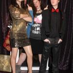 Madame Tussauds revela estatua de Selena Gomez FAIL!!!