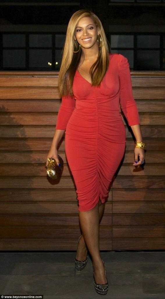 Beyonce y su esbelta figura post embarazo - OMHG!!!