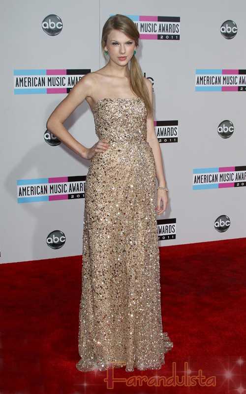Taylor Swift y su novio Eddie Redmayne terminaron