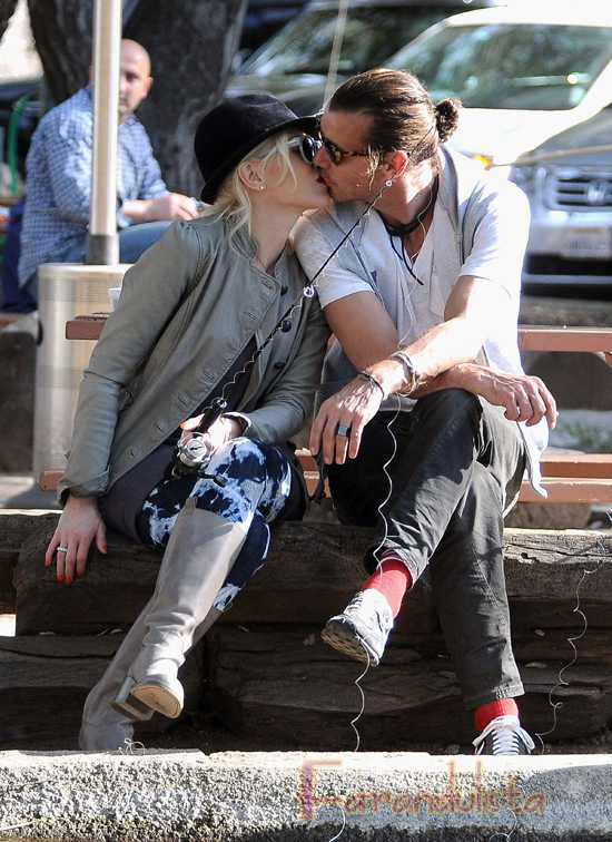 Gwen Stefani habla de los rumores de divorcio