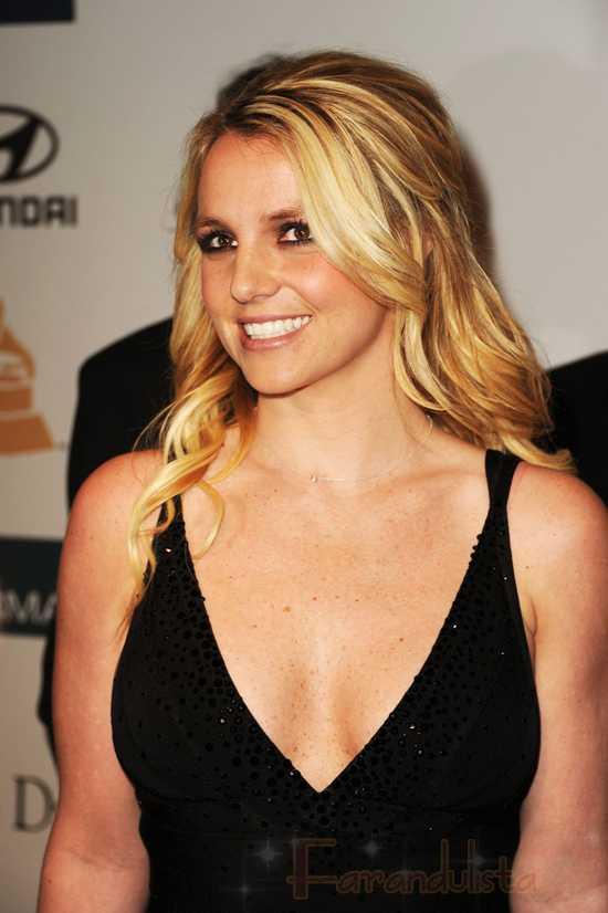 Britney Spears a punto de ser Juez en X Factor!!!