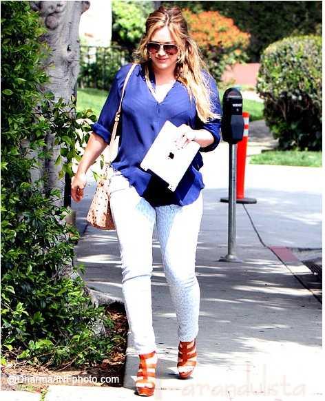 Hilary Duff muestra su cuerpo Post Embarazo!!!
