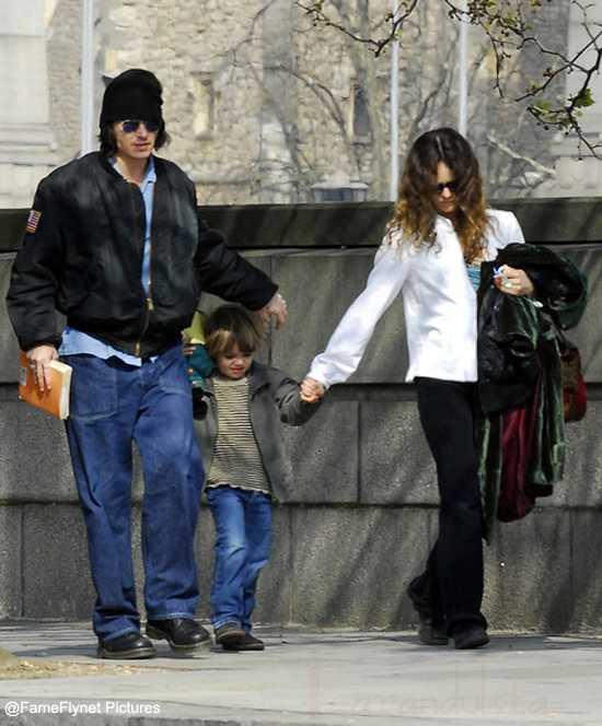 Johnny Depp y Vanessa Paradis se separan - Confirmado!