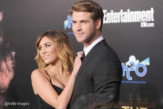 Miley Cyrus y Liam Hemsworth COMPROMETIDOS!!!