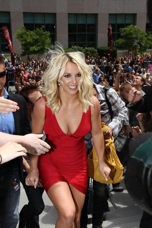 Britney y Demi en las audiciones de X Factor en Rhode Island