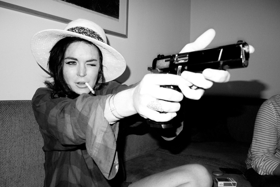 Lindsay's got a gun... con Terry Richardson