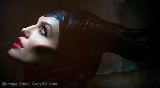 Angelina es la Bruja Malvada...
