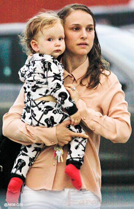 Natalie Portman y su hijo Aleph - Rock n' Roll!