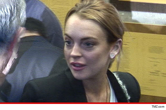 Guess What? Lindsay es sospechosa en el robo de Hollywood Hills!