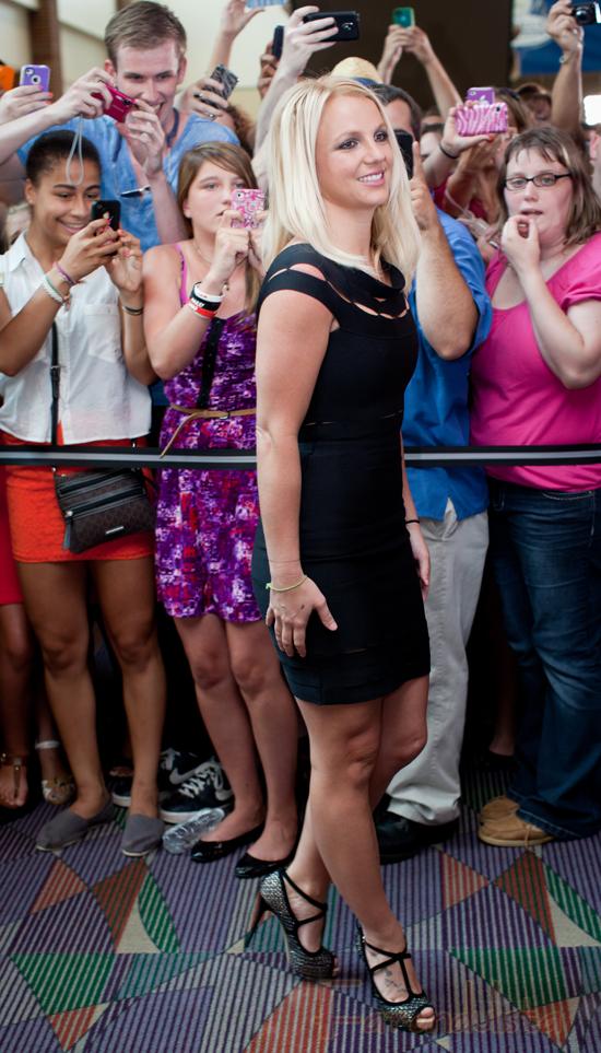Britney se gasta unos 000 dolares en tratamientos de belleza!