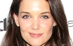 Katie Holmes es FREE!!!! Oficialmente DIVORCIADA de Tom Cruise!