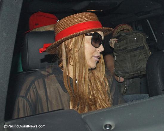 Lindsay Lohan fue de emergencia al hospital...