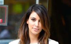 Kim Kardashian trata de ser amiga de Beyonce – Ella la ignora! LOL!!!