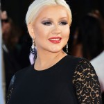 Christina Aguilera es una GORDA! Get Over it!!! UPDATE!!