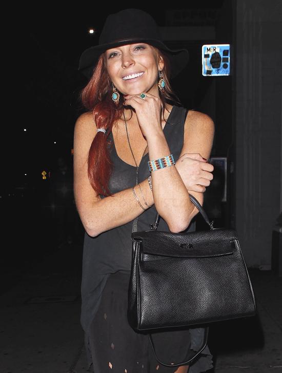 Lindsay Lohan no habla de gratis