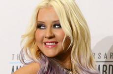 $3 Millones para Christina Aguilera por promocionar un sitio de citas