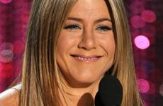 El secreto de Jen Aniston para estar estilizada… ok