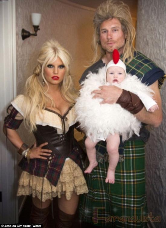 Jessica Simpson muestra su disfraz de Halloween!!