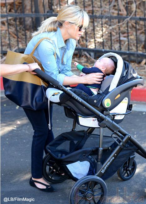 Conozcan al hijo de Reese Witherspoon, baby Tennessee!!!