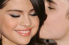 Justin Bieber le propuso matrimonio a Selena, y ella dijo NO!